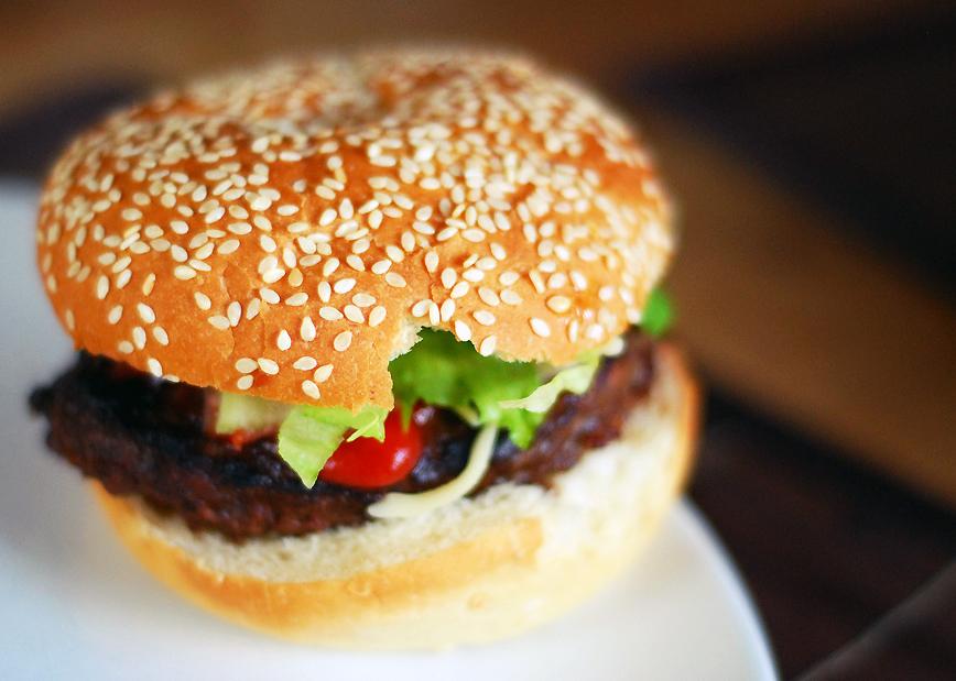 hamburger_carne_cal_fals_alimentar_foodnews