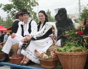 costum_traditional_cluj_Produs_de_Cluj_la_targul_international_IFE_Londra_food_news_romania_2013