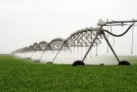 Legea care permite fermierilor să aibă acces la apă gratuit îşi produce efectele